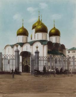 1900-е гг. Успенский собор в Кремле (крашенный вручную тиражный вариант фотографии Петра Павлова (1860--1925))