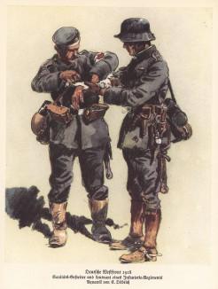 Западный фронт. 1918 год. Германский санитар оказывает помощь пехотному офицеру (из популярной в нацистской Германии работы Мартина Лезиуса Das Ehrenkleid des Soldaten... Берлин. 1936 год)