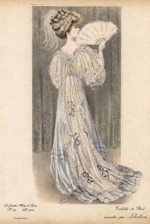 Бальное платье нежно-василькового шёлка с накидкой из кружева. Из коллекции осень-зима 1907 месье Левильона (Les grandes modes de Paris за 1907 год).